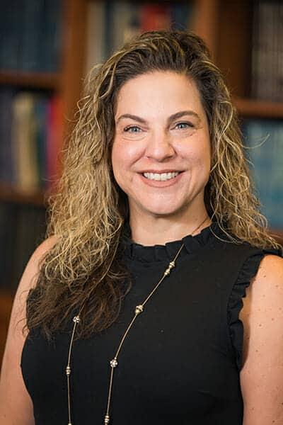 Lauren - Office Manager