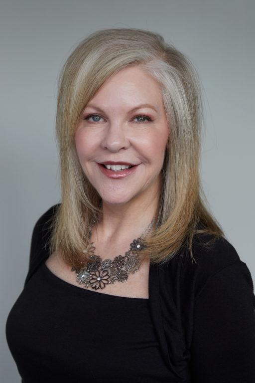 Julie Hoodenpyl