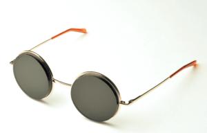 Mesopic Lenses in Wire Frames